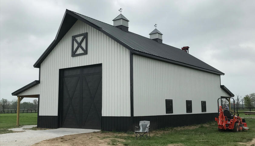Classic Barn Style Metal Building